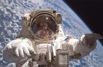 Пенсия космонавтов в России в 2018 году: размер и формула расчета выплат
