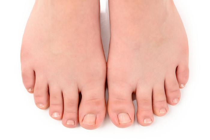 Вросший ноготь на большом пальце ноги: как лечить болезненное состояние