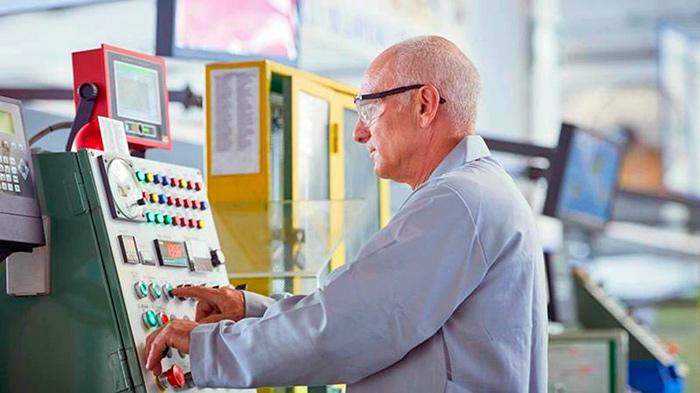 Будут ли выплачивать работающим пенсионерам в 2020 году
