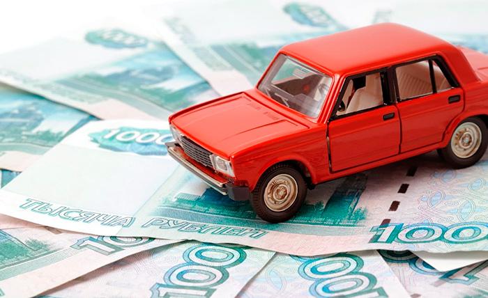 В Санкт-Петербурге пенсионеры полностью освобождаются от выплаты транспортного налога