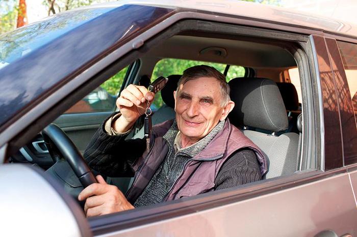 Льготы по уплате транспортного налога для пенсионеров: как рассчитать и какие документы необходимы