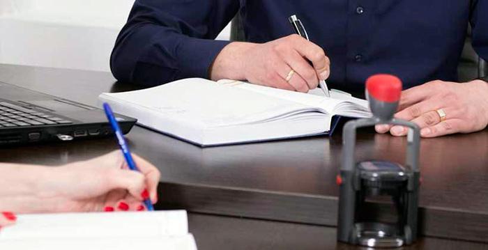 Консультация с юристом перед получением выплат на погребение инвалида
