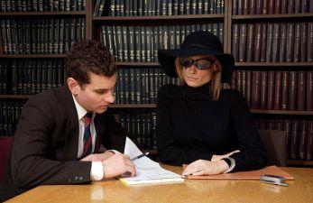 Как получить пенсию за умершего родственника в 2019 году: сроки и необходимые документы для выплаты