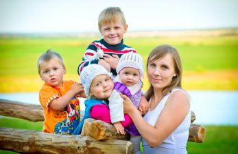 Правила выхода на пенсию многодетной матери в 2019 году: сроки выхода с разным количеством детей