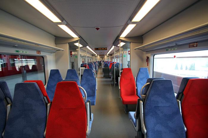 Салон поезда «Ласточка»