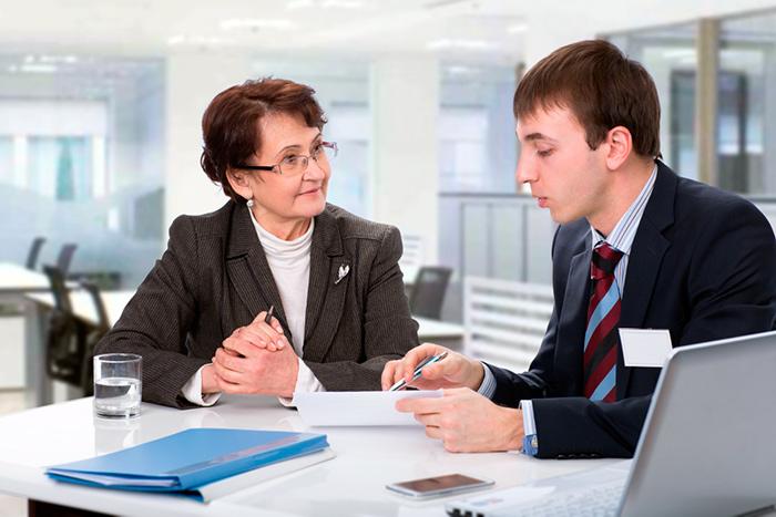Написание заявления на увольнение сотрудником в связи с выходом на пенсию