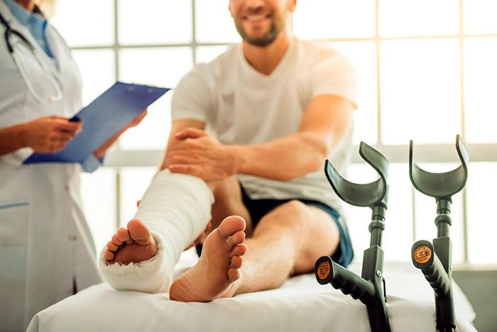 Оказание первой помощи при производственной травмы